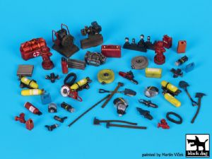 T35144 Firefighters equipment accessories set
